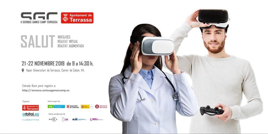 Dona amb bata blanca de metge i fonendoscopi penjant amb ulleres de ralitat virtual i noi amb comandament de videojocs a la mà agant les ulleres de realitat virtual al front. Informació de la jornada.